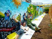 大阪府主催・木津川ウォールペインティング2009 壁画制作