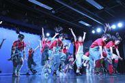 ステージでのダンス発表風景