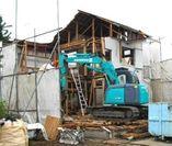 木造家屋解体中の写真