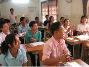 笑顔で学ぶアジアの学生