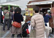 グルメも楽しめる隅田川テラスのキッチンカー