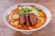 燻製鴨の根菜アラビアータトマト麺