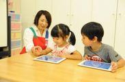 幼児教室講師がサポート