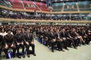 4月に日本武道館で行われた入学式の様子 2