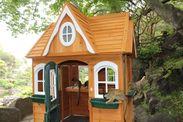 リスザルのツリーハウス