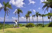 南国リゾートの太陽と海を感じる開放的なモーニングヨガ
