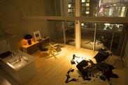 805号室リビング夜景