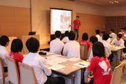 伝える力を育てるプレゼン学習の発表会(イメージ)