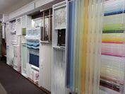 カーテン以外の窓廻り商品も品揃え多数