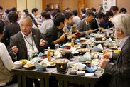 「試験操業」で水揚げされた魚介類を使った昼食