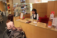 障害者によるモニター調査の様子