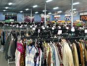 JAPAN QUALITY SHOP 良品買館 店内