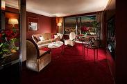 客室ジュニアスイート(67.1平方メートル)210,000円