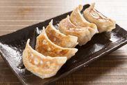肉汁焼き餃子 1枚6ケ 450円(税別)