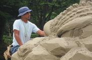 ゴジラ砂像制作風景