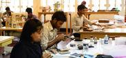 バングラデシュ革工場の職人