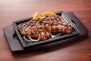 【ステーキガスト】「熟成赤身ログがっつりステーキ」1