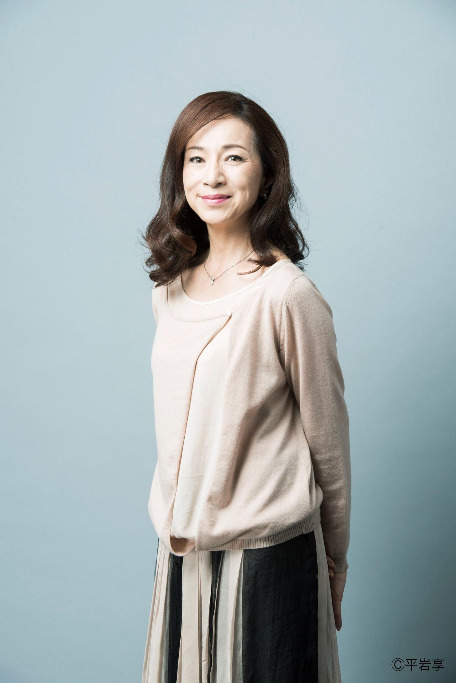 優しい雰囲気の原田美枝子