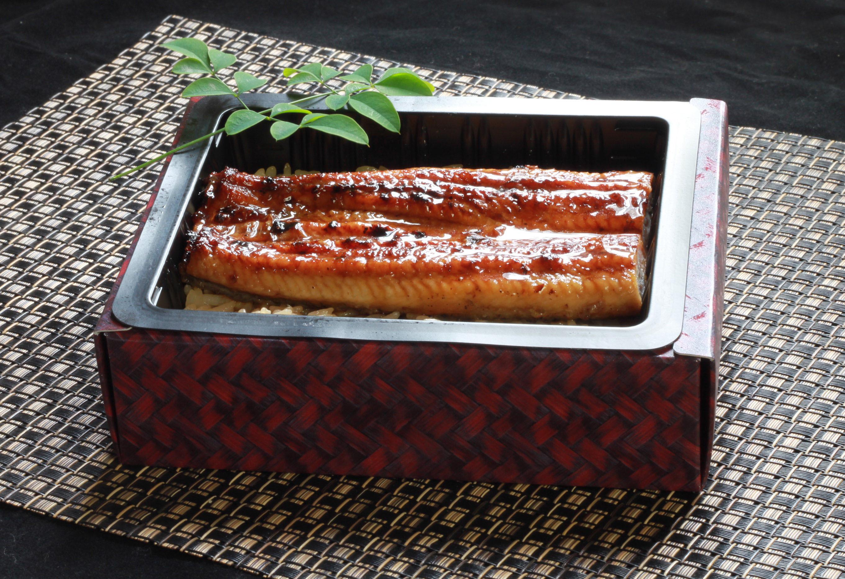 レンジアップだけで本格鰻重が味わえる こだわりの鰻とお米で作った『冷凍鰻重』発売!