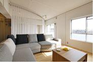 2015度実施した2戸1化住戸の室内風景 1