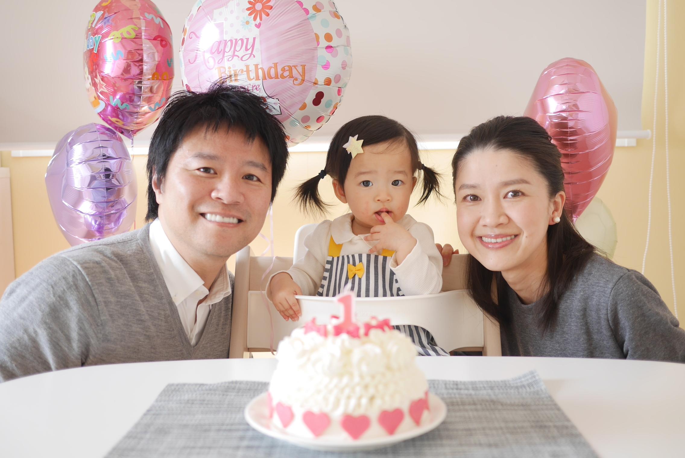 爆毛赤ちゃん 1歳を迎える赤ちゃんのお祝い行事に 素敵な思い出になりますよ!