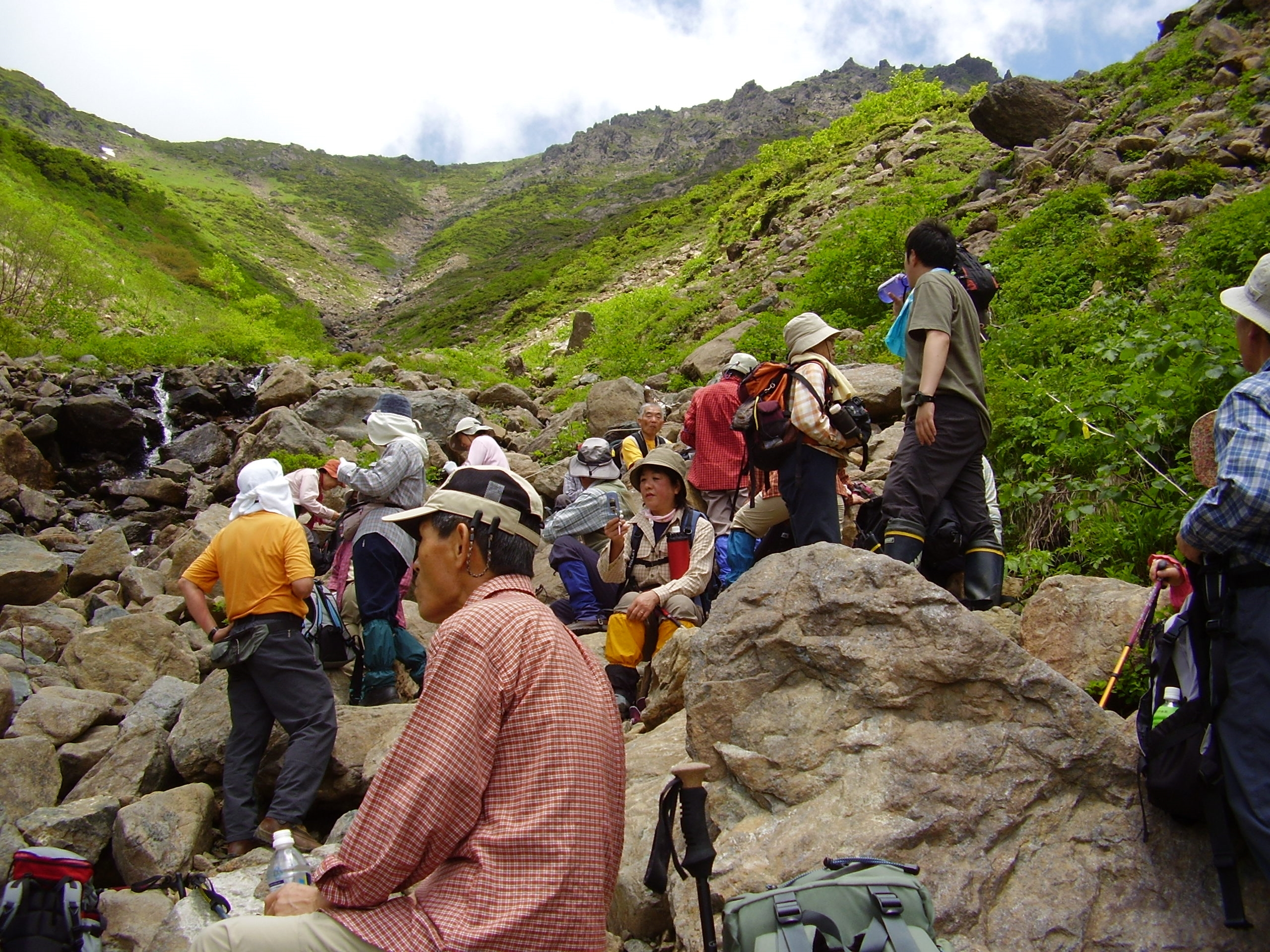 休暇村岩手網張温泉 岩手山登山 十和田八幡平国立公園