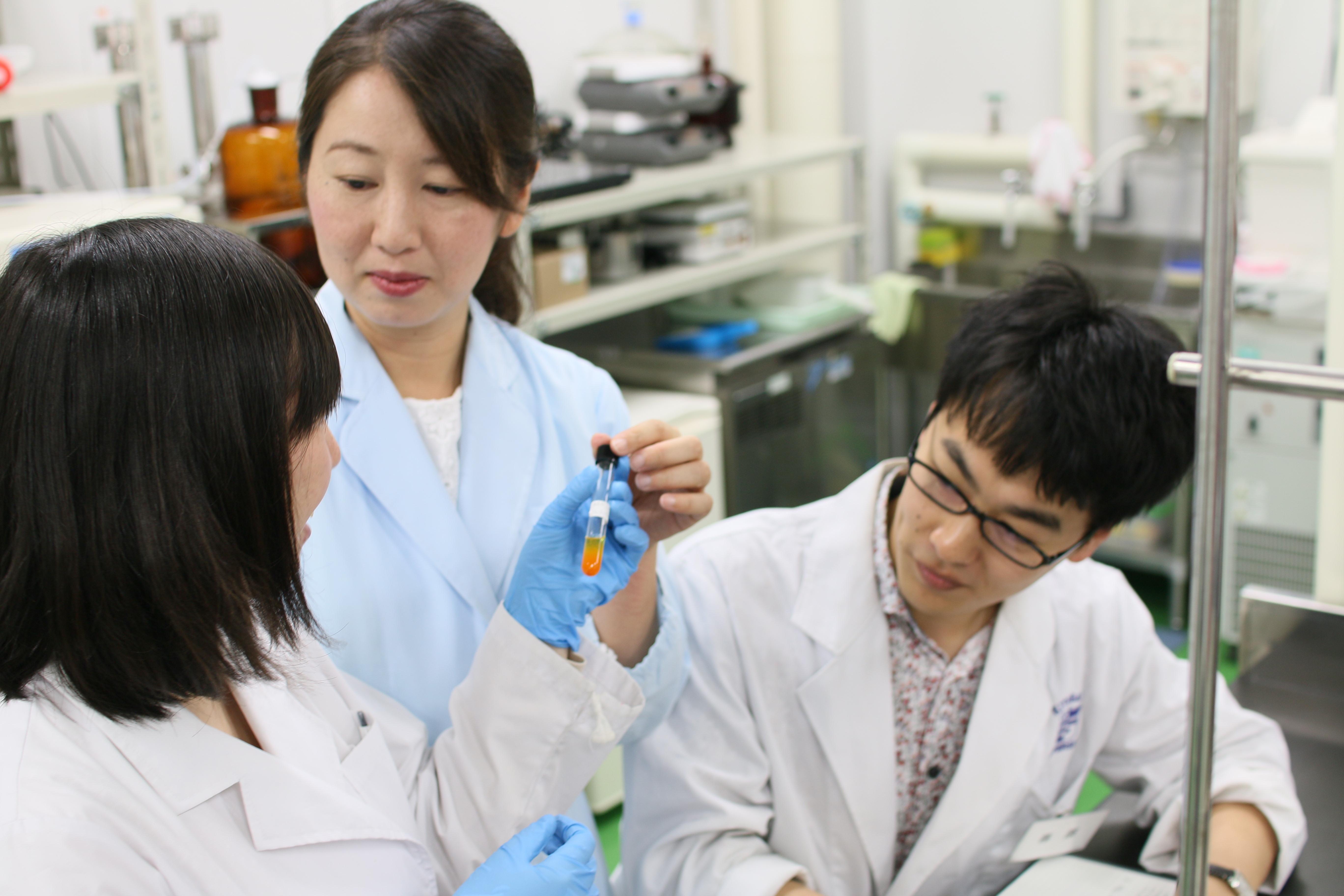 """文部科学省「女性研究者研究活動支援事業」において""""S評価""""を獲得~3年間で女性教員比率が1.4倍、科研費獲得額は4倍に~"""