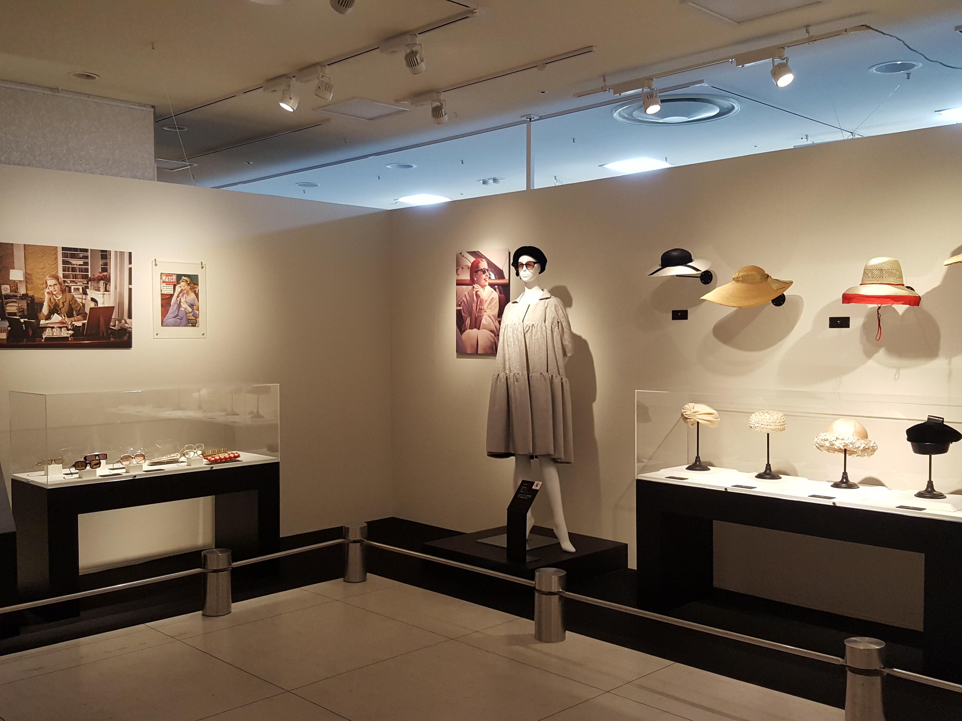 356a9486d4a18 ジェイアール名古屋タカシマヤで『グレース・ケリー展』が開幕!日本初 ...