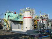 名古屋工場の電解液製造設備