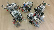 <生徒たちが製作したロボット>