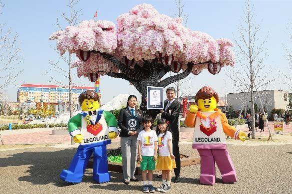 『レゴブロックで作られた最大の桜の木』ギネス世界記録認定