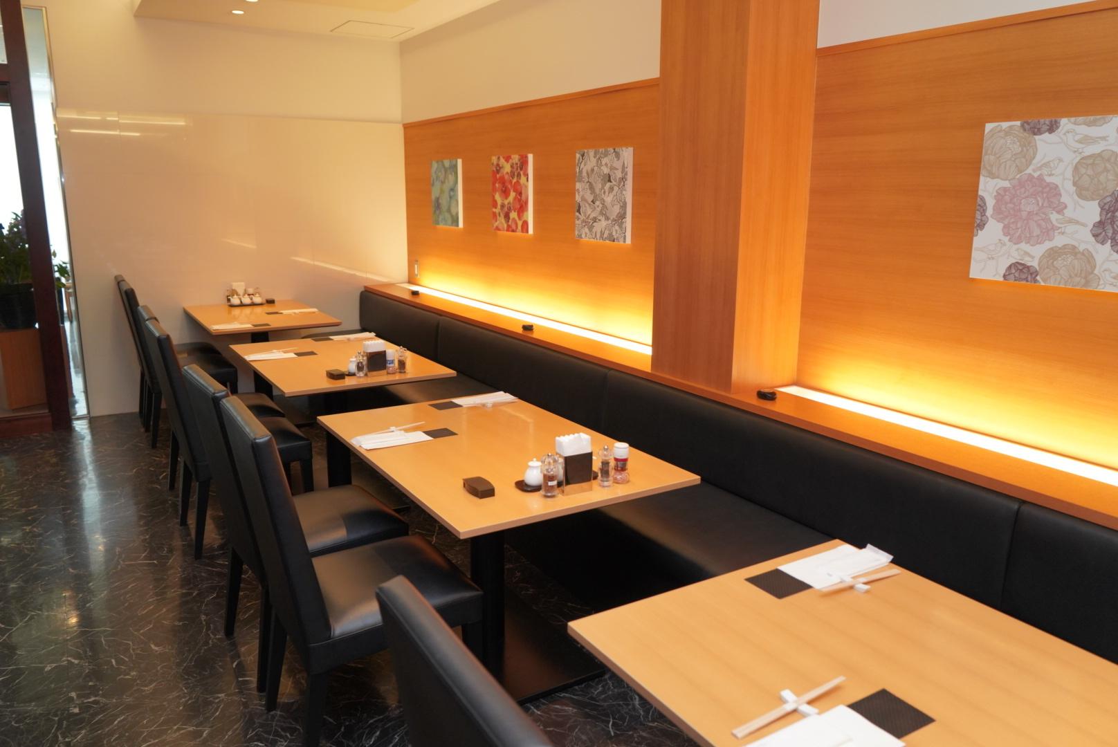 テーブル席 2