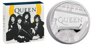 ロックバンド QUEENの記念コインが1月23日登場 メンバー4人それぞれの楽器等をデザイン