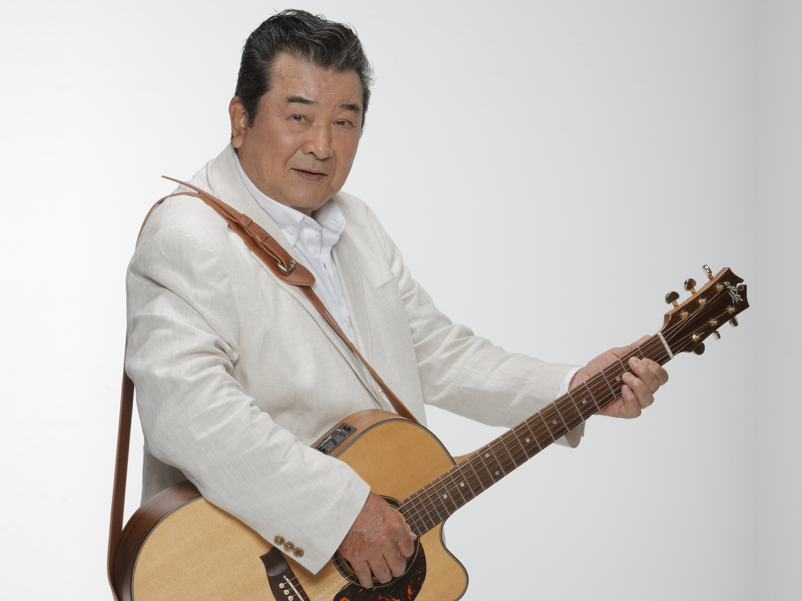 """映画『渡り鳥シリーズ』主演の""""マイトガイ""""小林 旭さんが歌う ..."""
