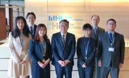 <代表取締役社長最高経営責任者(CEO)・安斎 富太郎様(写真中央)とプロジェクトメンバー>