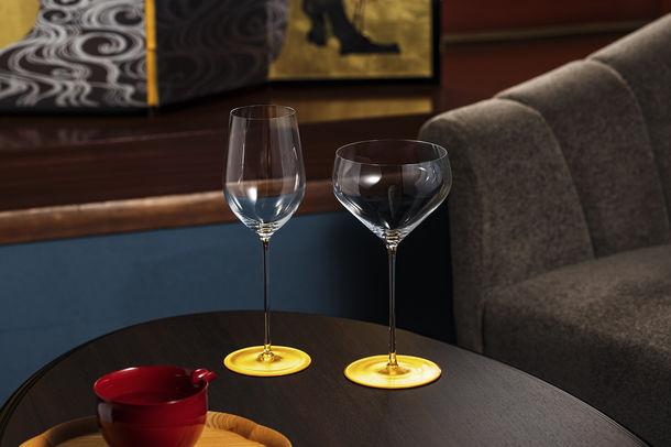 金箔の箔一がワイングラスの名門ブランド『リーデル』と24Kの金箔で輝く「大吟醸・純米酒用グラス」を開発