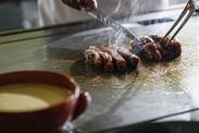 鉄板牛ステーキ