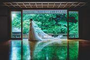 儀式殿での撮影は幻想的な美しさが際立つ一枚