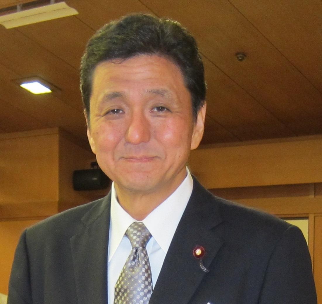 安倍 晋三総理大臣実弟、岸 信夫...