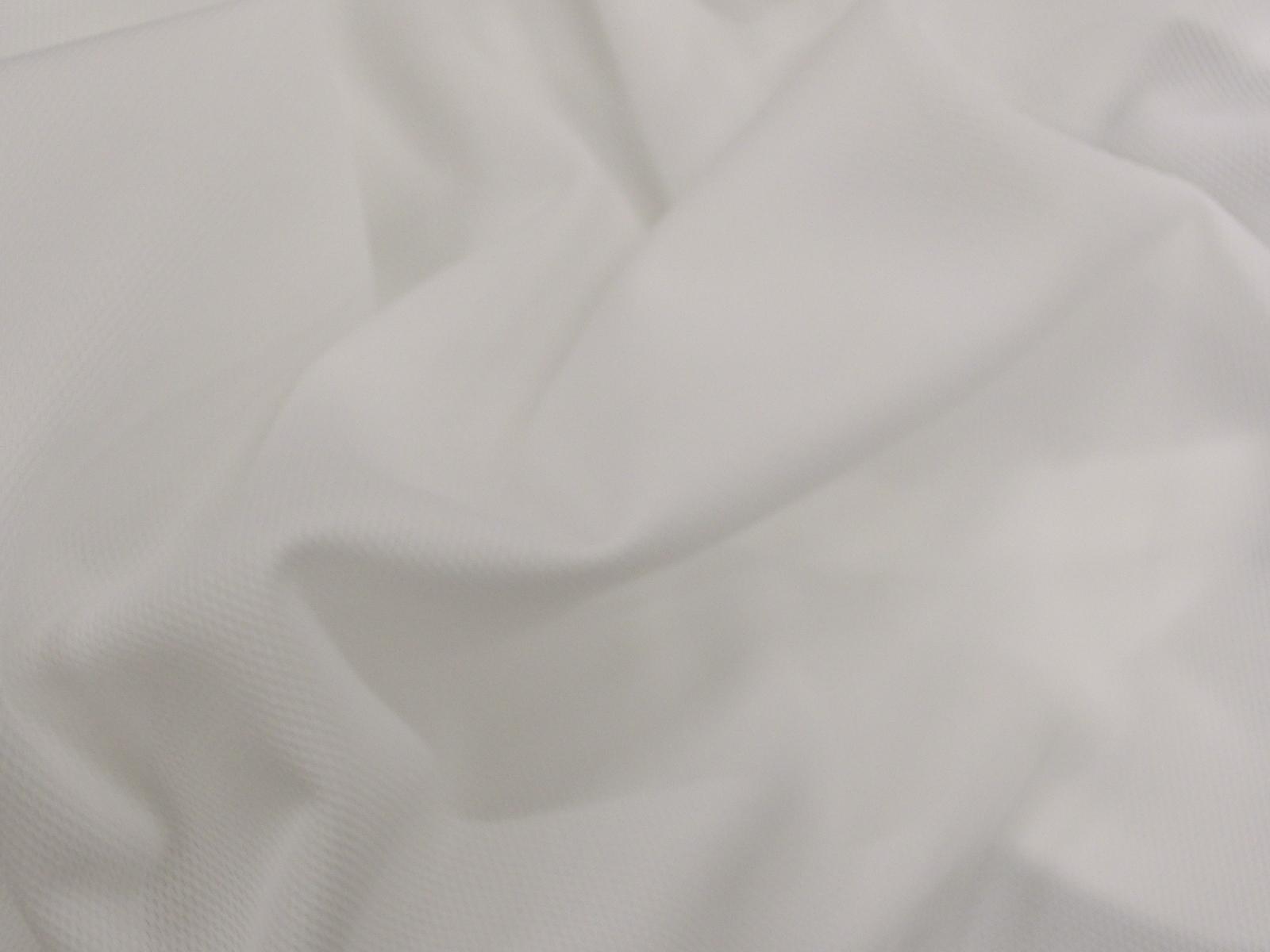 シワになりにくい新素材を使用した「ぴったりシーツ」6月16日に発売!