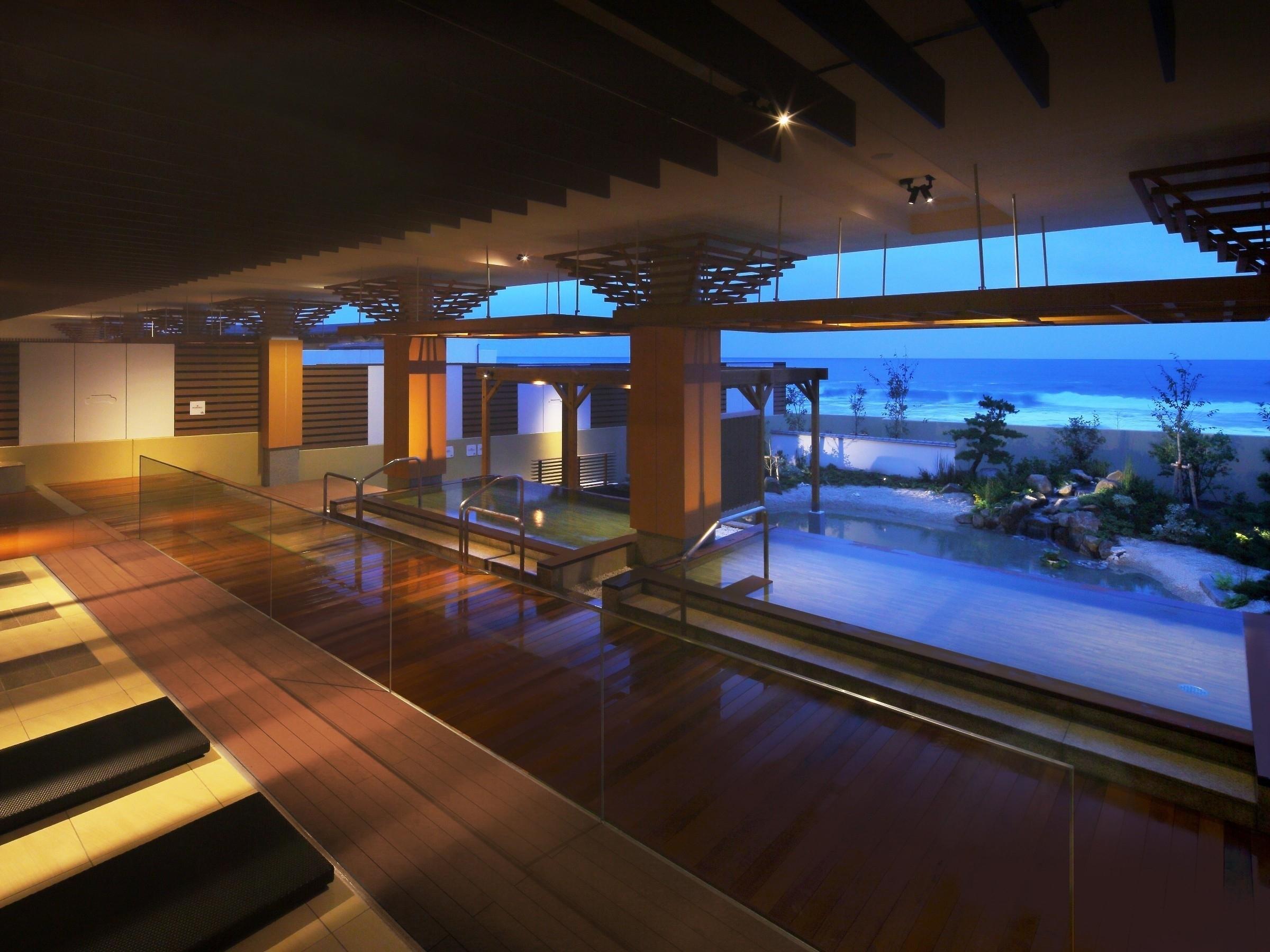 鴨川 グランド ホテル